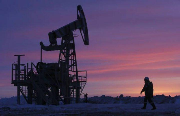 أسعار النفط ترتفع هامشياً خلال أسبوع