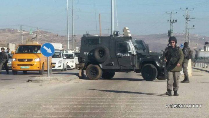 بالصور: اعتقال شاب من نابلس بزعم حوزته M16