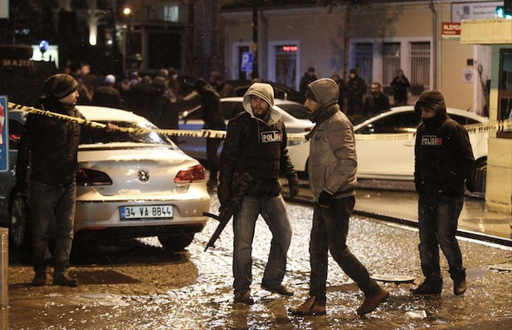 اعتقال 400 شخص لارتباطهم في داعش بتركيا