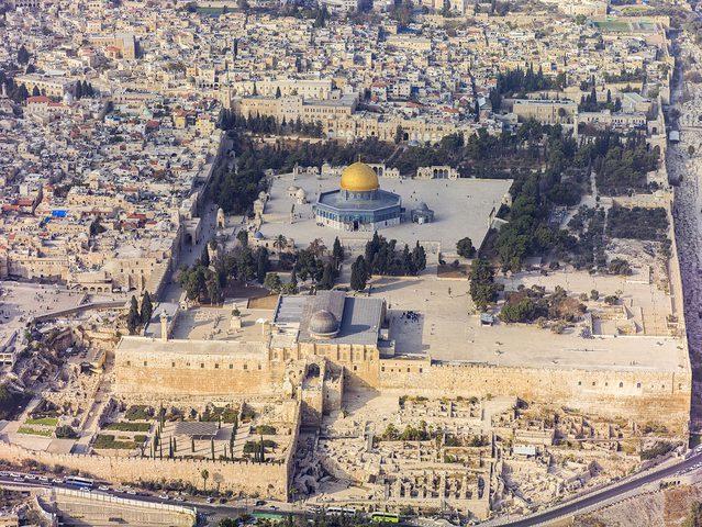 أكثر من 80 اعتداء اسرائيليًا على المقدسات