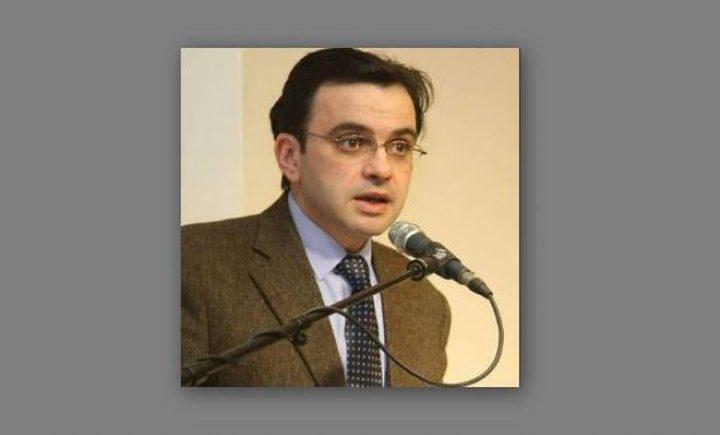 """""""وزير الثقافة"""" يُعارض قرار النائب العام الفلسطيني"""