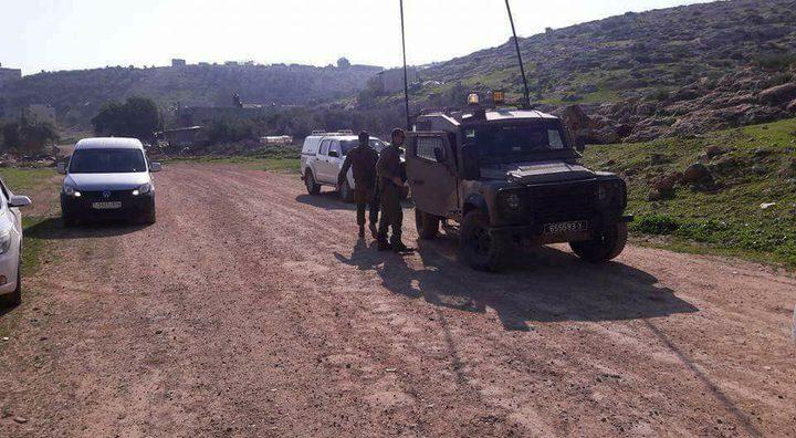 الاحتلال يستولي على ثلاثة حفارات في الأغوار