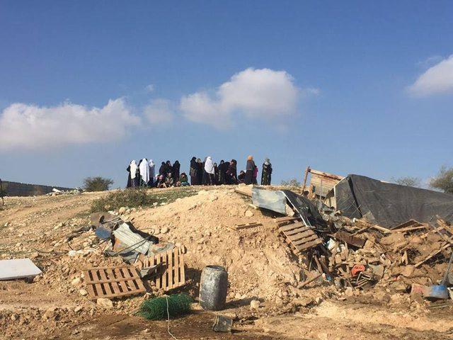 """الاحتلال يمهد لهدم """"أم الحيران"""" مجددا"""