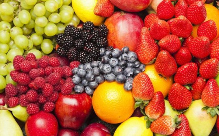 نقص الفواكه.. طريق مبكر للزهايمر
