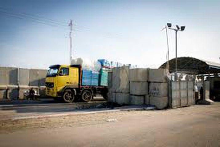 """إدخال أول شاحنة محمّلة بغاز """"النيتروز"""" إلى غزة"""