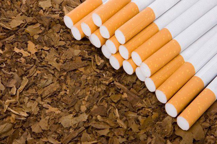 الشرطة تضبط مصنعا لتزوير السجائر في جنين