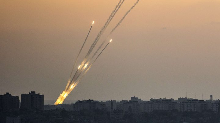 """""""إسرائيل"""" ترمم ملاجئها"""