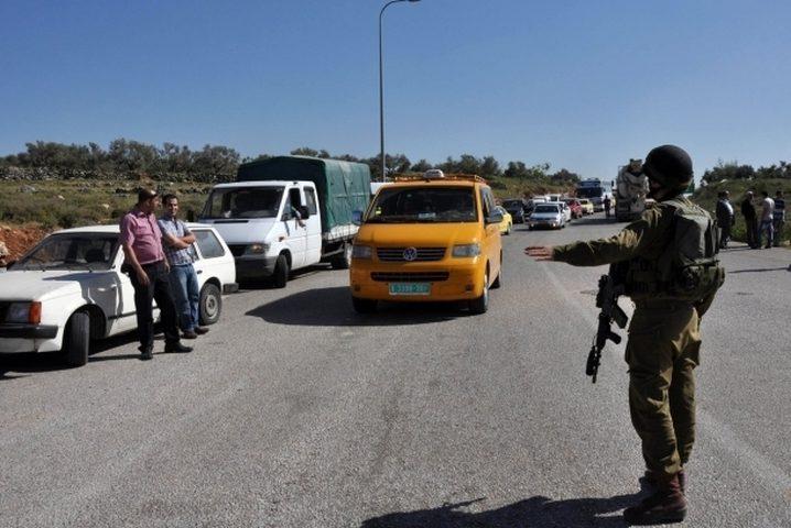 حاجز عسكري اسرائيلي على مدخل نابلس الغربي