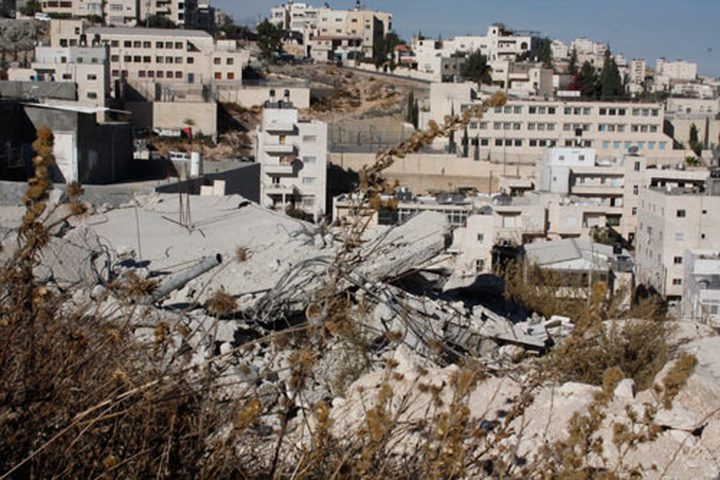 هدم بناية سكنية في القدس