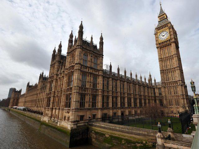 مجلس العموم البريطاني يصوت على الخروج من الاتحاد الاوروبي