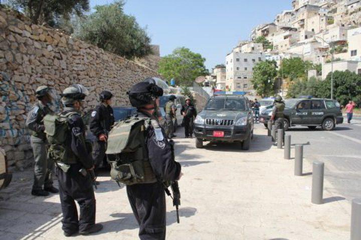 اعتقال 5 مقدسيين بعد الاعتداء عليهم بالضرب