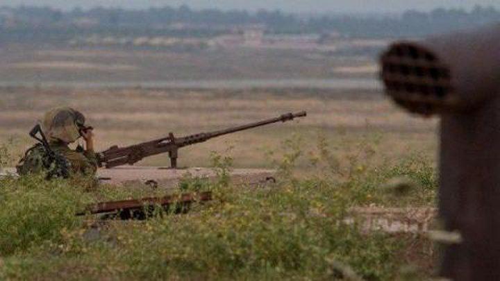 إطلاق النار على طول الشريط الحدودي لغزة