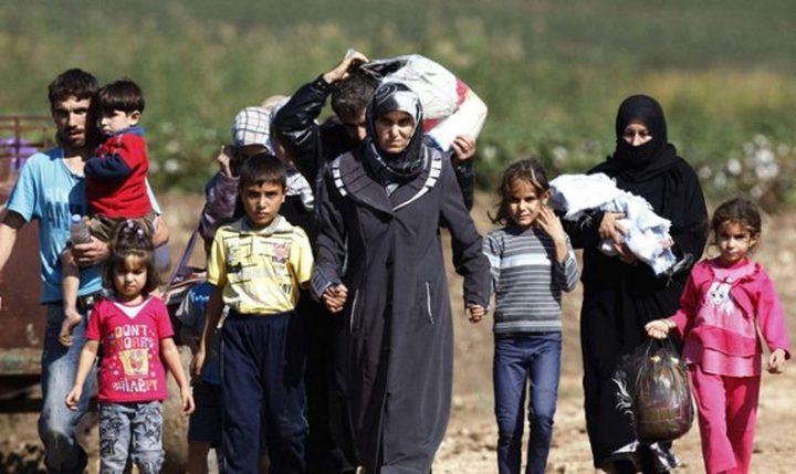 كاتب اسرائيلي: اقترح اقامة مخيم للاجئيين السوريين