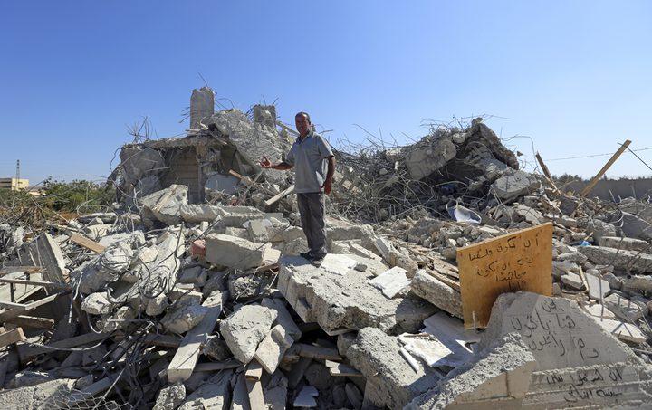 الاحتلال يهدم منزلا شمال القدس