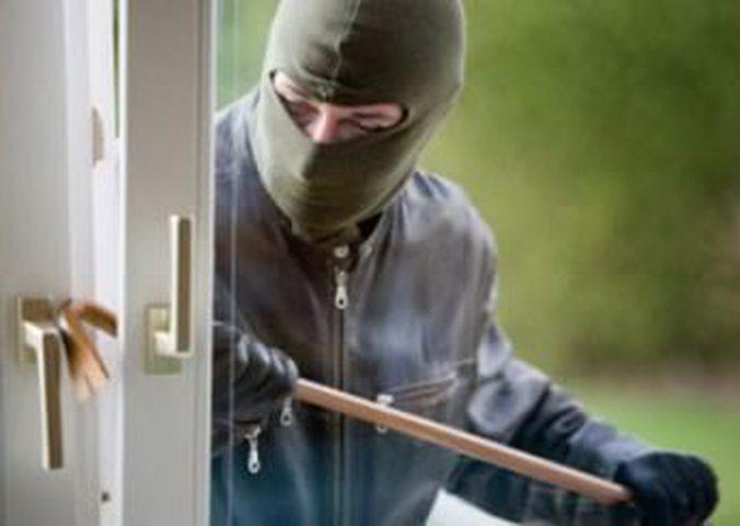 فوبيا سرقة البيوت تطارد الغزيين