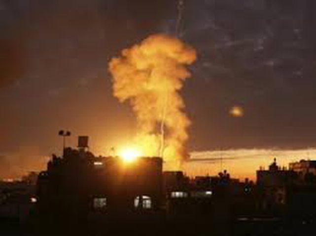 إصابة مواطنيين في انفجار منزل بخانيونس