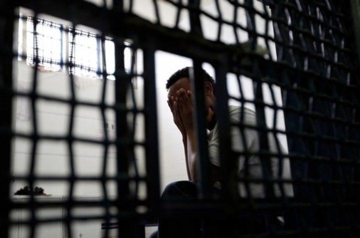 تدهور الوضع الصحي للأسرى بسجن عسقلان