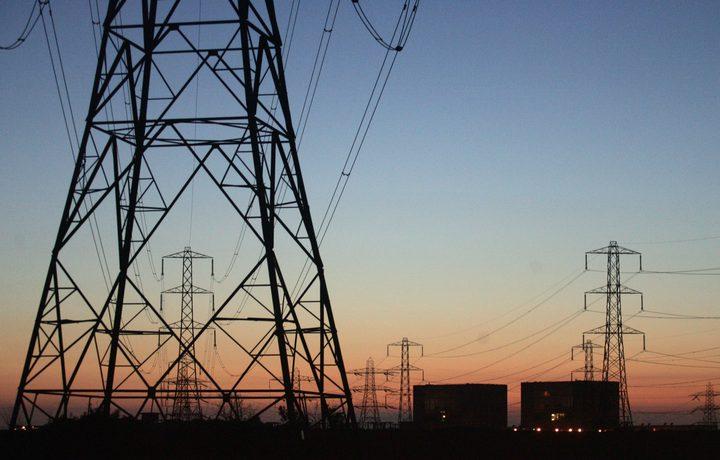 تأخر إدخال وقود الكهرباء إلى غزة