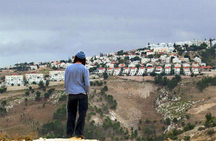 الاحتلال يخطط لتوسيع كتلة استيطانية قرب رام الله