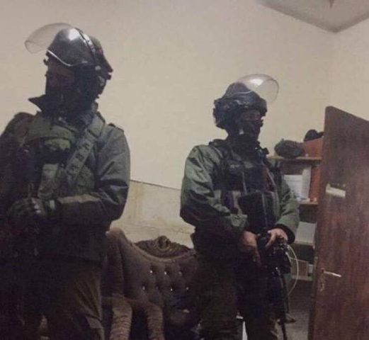 الاحتلال يصادر مركبات لمواطنين غرب بيت لحم