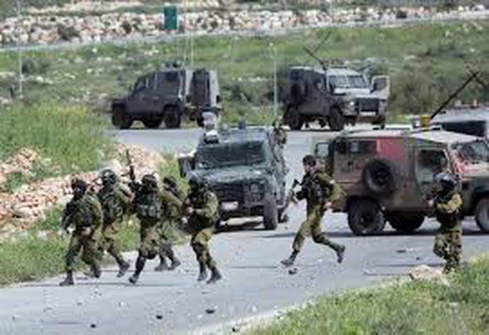 الإحتلال يعرقل حركة المواطنين ويغلق بوابة النبي صالح