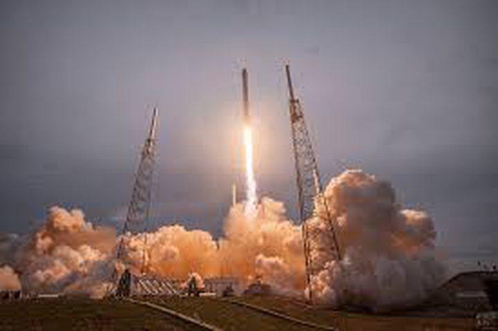 """""""سبيس إكس"""" تنجح في إطلاق صاروخ""""فالكون 9 """"فيديو"""""""