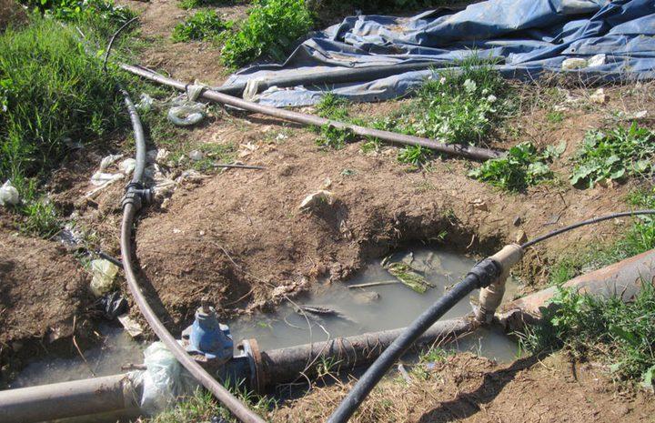 الإحتلال يحرم 47 عائلة من خطوط المياه في الأغوار
