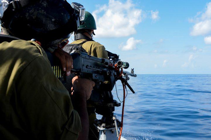 الاحتلال يطلق النار على زوارق الصيادين في القطاع