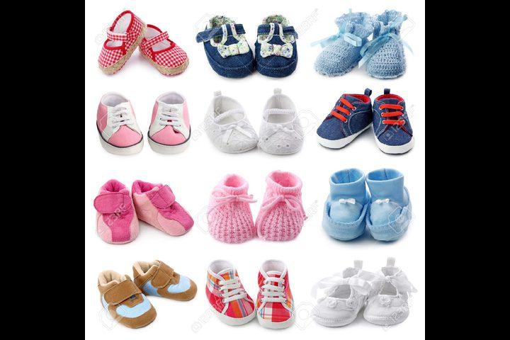 أضرار الأحذية على حديثي الولادة