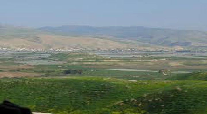 قوات الاحتلال تستولي على أربع آليات بالرأس الأحمر في الأغوار
