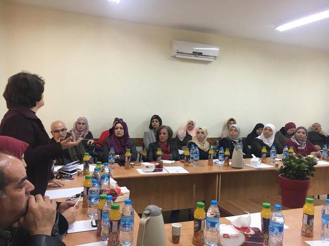 جمعية مدرسة الأمهات تنظم ورشة لمناقشة الخطة الإستراتيجية لقطاع التعليم