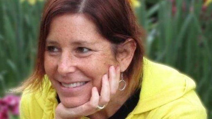 كاتبة أمريكية مصابة بالسرطان تبحث عن زوجة لزوجها