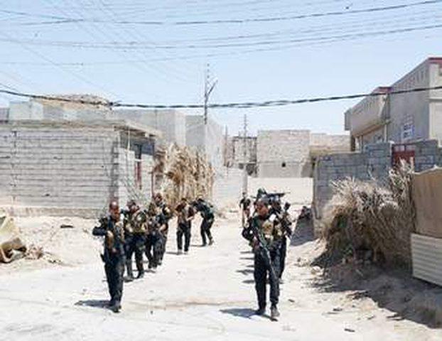 الجيش العراقي يسيطر على جسر الحرية في الموصل