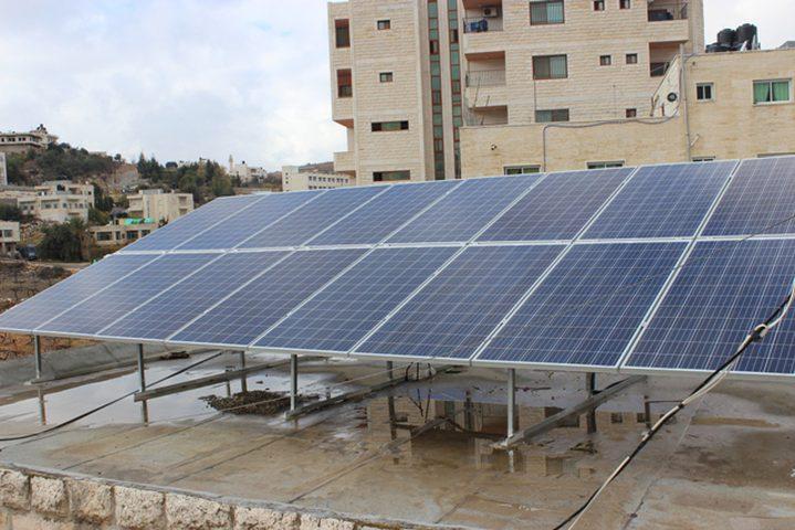 سعير الخيرية أول جمعية تستخدم الطاقة الشمسية