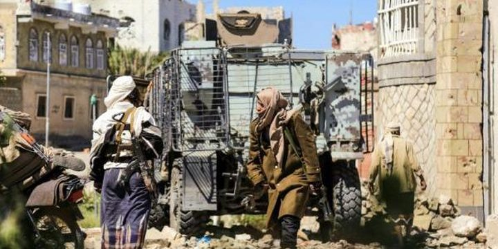 قتلى من الحوثيين والجيش الوطني في اشتباكات بتعز