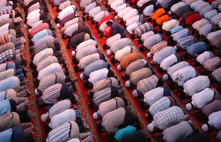 دراسة: الصلاة تقلل آلام الظهر