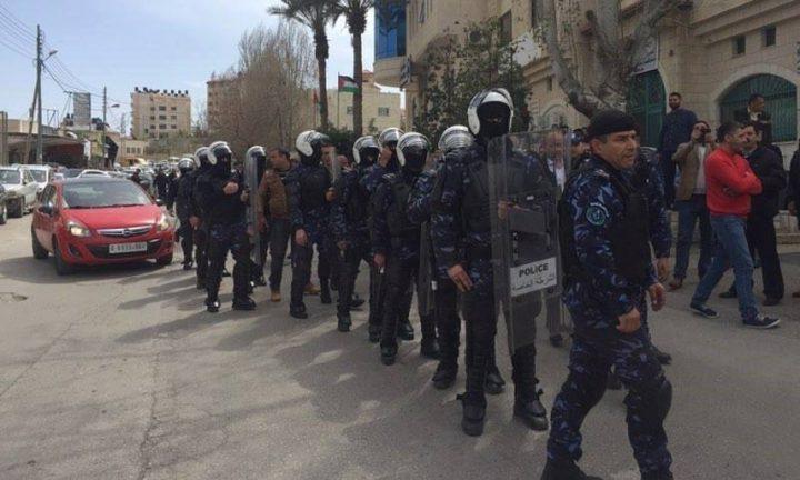 """الضميري: متظاهرو """"الأعرج"""" يريدون تحويل فلسطين إلى عراق ثان"""