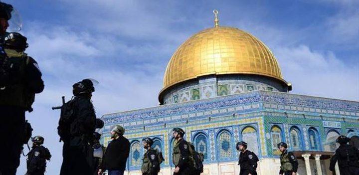 نواب أردنيون يستنكرون قرار منع رفع الأذان