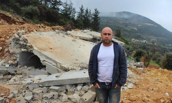 الاحتلال يجبر فلسطينيا على هدم منزله