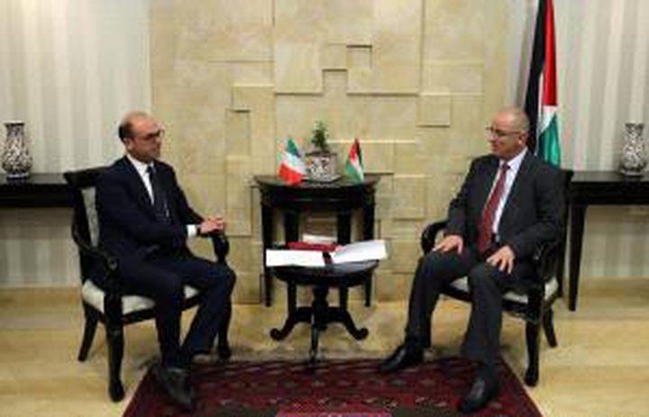 الحمد الله يبحث مع وزير الخارجية الايطالي تعزيز التعاون