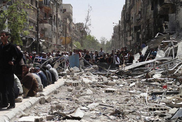 استشهاد لاجئين في مخيم اليرموك