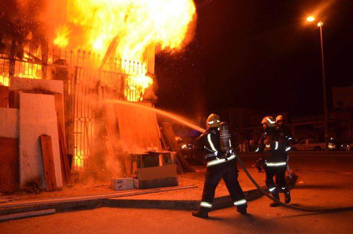 إخماد حريق اندلع شرق غزة