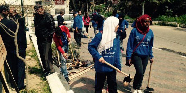 """""""إعلاميون بلا حدود"""" تنظم يوما تطوعيا لزراعة أشجار في قرية بتير"""