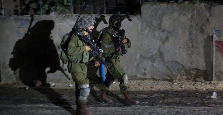 الاحتلال يعتقل سبعة مواطنين (الأسماء)