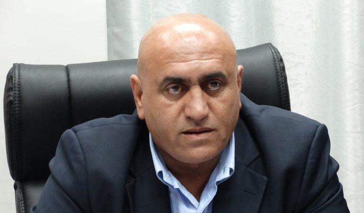 محافظ نابلس: لا صفقات مع الخارجين عن القانون