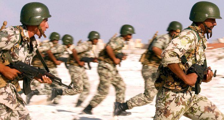 3 شهداء في استهداف مدرعة عسكرية شمال سيناء