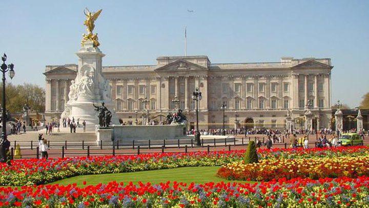 الوظائف الأعلى أجراً في قصر ملكة بريطانيا