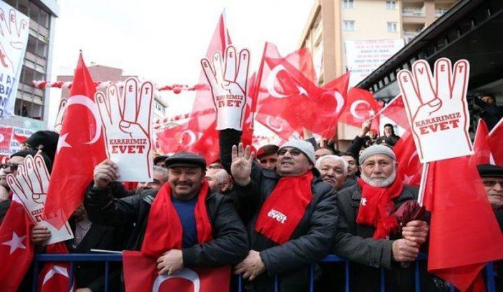 الأتراك يقرون التعديلات الدستورية وسط تحفظ اوروبي