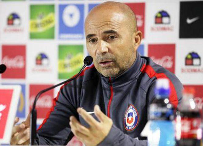 مدرب إشبيلية ينفي إجراء مفاوضات لتدريب الأرجنتين
