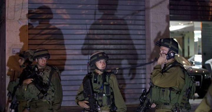 الاحتلال يعتقل (13) مواطنا (محدث)